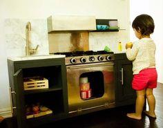 Uber elegant play kitchen, use these ideas to spice up an ikea kitchen Childrens Play Kitchen, Pretend Play Kitchen, Play Kitchen Sets, Play Kitchens, Kitchen Cost, Diy Kitchen, Diy For Kids, Cool Kids, Bella Kitchen