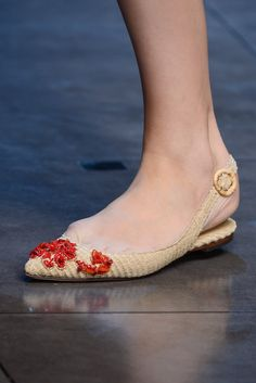Dolce & Gabbana Spring 2013 Ready-to-Wear Fashion Show Details