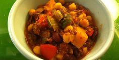 Seasonal: Spicy Bean and Quinoa Chili with Butternut Squash