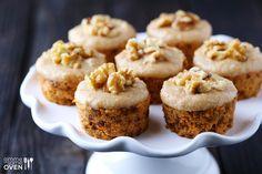 Raw Carrot Cake | gimmesomeoven.com
