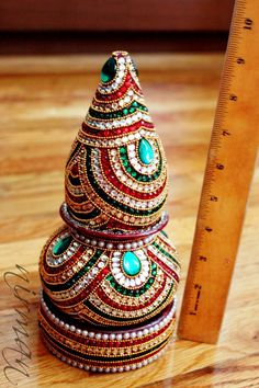 Listing: for 3 piece set in of Pot with coconut and base. Each piece is decorated in traditional red, white and green rhinestones with gold chains. This ready to set up decor of the auspicious kalsh for the Indian pooja decor is an easy and beautiful handmade with kundan/ rhinestone pieces. Set these up as single piece or all 3 together.  This makes beautiful yoga room art and decor without much hassle. Inspired by the work of Bandhani work from Gujarat, India, the auspicious red and gre...