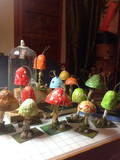 Funghi cartapesta