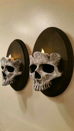 Skull wall lights
