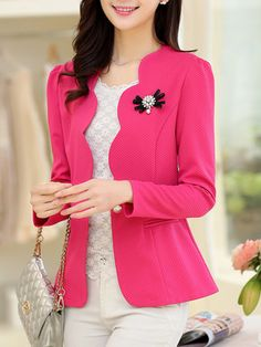 outfit with blazer How To Wear Blazers, Blazers For Women, Suits For Women, Clothes For Women, Ladies Blazers, Sleevless Blazer, Blazer Dress, Blazer Outfits Casual, Blazer Fashion