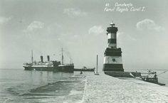 Constanta - Farul Regelui Carol I - 1940 Black Sea, Black And White, Houseboats, Vintage Photographs, Traditional House, Ww2, Statue Of Liberty, Cities, Coast