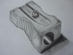 """""""Apara-lápis"""" - Desenho a lápis de grafite HB e B6 com uso de esfuminho e borracha (Malay - 2/6/14)"""