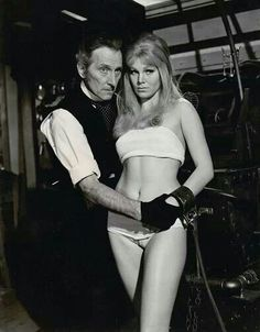 Peter cushing - Frankenstein Created Woman - This scene was deleted from the movie... I guess.