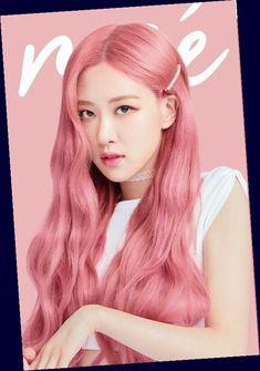Lisa Blackpink Wallpaper, Rose Wallpaper, Rose Pink Hair, Pink Roses, Blue Hair, Blackpink Photos, Rose Photos, Black Pink Kpop, Black Pink Rose