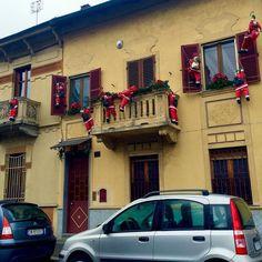 Santa's invasion #igerstorino #santa #christmas #christmas2015 #turin #torino #torinoèlamiacittà