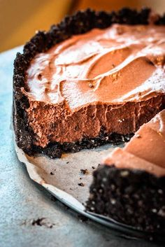 Vegan Oreo Chocolate Mousse Tart #vegan #dessert #healthy