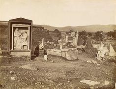 Πέτρος Μωραΐτης. Επιτύμβια μνημεία στον Κεραμεικό, περίπου 1870. ©  Νεοελληνική Ιστορική Συλλογή Κωνσταντίνου Τρίπου – Φωτογραφικό Αρχείο Μουσείου Μπενάκη