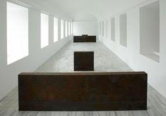 richard-serras-equal-parallelguernica-bengasi-1986-at-museo-nacional-centro-de-art-reina-sofia-madrid.jpg (956×670)