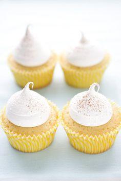 Impresionantes cupcakes de arroz con leche por cannelle et vanille :)