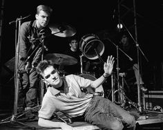 The Smiths in 1984 Andy Rourke, Mike Joyce, The Smiths Morrissey, Johnny Marr, School Of Rock, Charming Man, Cover Songs, My Soulmate, Cool Posters