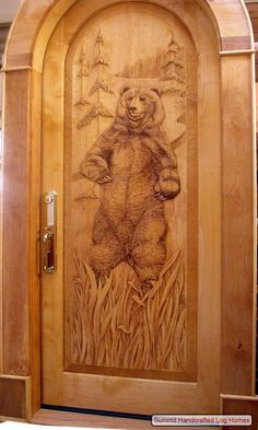 Hand Carved Wood Doors, Carved Bear - Summit Log and Timber Homes - Just beautiful! This needs to be my front door. Cool Doors, Unique Doors, Cabin Homes, Log Homes, Door Knockers, Door Knobs, Timber House, Entry Doors, Sliding Doors