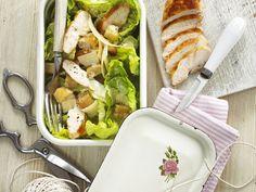 Cesar Salat mit Hähnchen |  http://eatsmarter.de/rezepte/cesar-salat-mit-haehnchen