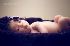 Newborn Photo by JvSchultz Photography
