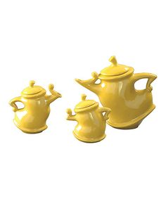 OMG! How cute is this Yellow Teapot Set by The Howard Elliott Collection? It'd be even better in teal