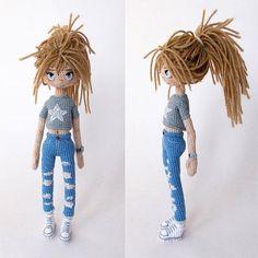 She may look diffrent Auction for this doll will start tomorrow at 7 p.m. GMT------------ Вот интересно: снял жилет, собрал волосы – и она уже другая Аукцион начнётся завтра, по Москве в 10 вечера Cute Crochet, Crochet Bear, Beautiful Crochet, Crochet Animals, Knitted Dolls, Crochet Dolls, Doll Patterns, Crochet Patterns, Lalylala