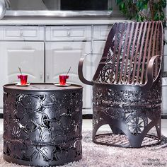 there's no reason why you can use oil drums in new ways for an inexpensive and sustainable option for decor, furniture and accessories. And you can decide on the level of effort that needs to be put into the project - for a piece that is plain and simple, or something more detailed