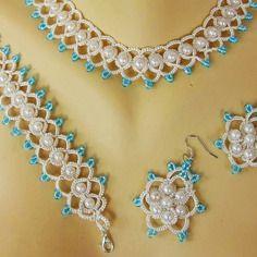 Parure mariage, collier+ boucles d'oreille +bracelet, parure dentelle ivoire
