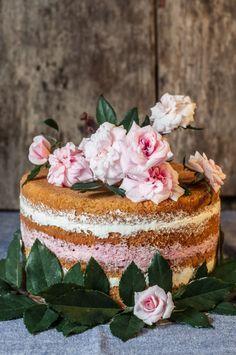 Bolo de Aniversário - Bolo Esponja de Manteiga com Recheio de... | be nice, make a cake | Bloglovin'