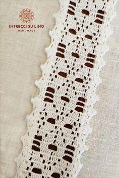 Filet Crochet, Crochet Borders, Passementerie, Bohemian Rug, Crochet Appliques, Crochet Table Runner, Crochet Ideas, Crochet Edgings, Border Tiles