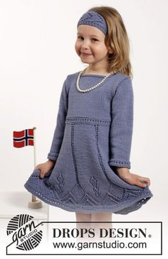 Wendy Darling - Knitted dress and hair band with lace pattern in DROPS Cotton Merino. Size children 2 - 10 years - Free pattern by DROPS Design Baby Knitting Patterns, Knitting For Kids, Free Knitting, Crochet Patterns, Dress Patterns, Girls Knitted Dress, Knit Baby Dress, Drops Design, Baby Sweaters