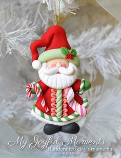 SANTA~This is s one of a kind, handcrafted ornament made of durable polymer clay, with much attention given to detail and careful construction. Polymer Clay Ornaments, Fimo Clay, Polymer Clay Projects, Polymer Clay Creations, Polymer Clay Art, Christmas Crafts, Christmas Decorations, Christmas Ornaments, Xmas