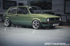 Immagine di http://cdn.speedhunters.com/wp-content/uploads/2013/03/VW-Golf-TDi-Greg-Howell-PMcG-3.jpg.