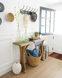 Kathryn Miller Interiors Entry with Dutch Door Entryway Stairs, Entryway Decor, Entryway Tables, Console Table Styling, Dutch Door, Foyer Decorating, Door Design, Mudroom, Design Trends