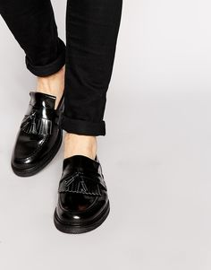 $162, Black Leather Tassel Loafers: Fred Perry Laurel Wreath Hawkhurst Leather Loafers. Sold by Asos. Click for more info: https://lookastic.com/men/shop_items/306803/redirect