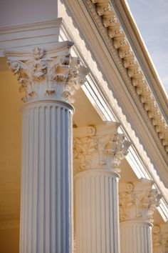 """hueandeyephotography: """" Corinthian Capitals, South Battery, Charleston, SC © Doug Hickok All Rights Reserved """" Classical Architecture, Ancient Architecture, Art And Architecture, Architecture Details, Minimalist Architecture, Sustainable Architecture, Beige Aesthetic, Aesthetic Art, Aesthetic Pictures"""