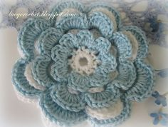 Pretty flower @ Lacy Crochet: From Layered Crochet Flower Tutorial here: http://www.craftideas.us/crochet-flower-tutorial.html