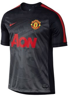 El Manchester United estrena sus últimas camisetas de Nike