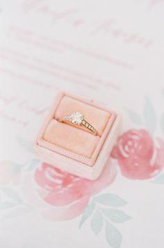 Round-cut diamond ring: Photography: Nathalie Cheng - http://www.nathaliechengphotography.com/