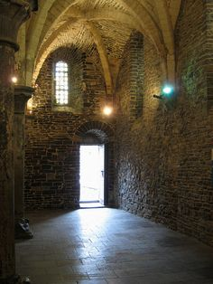 Castle Gravensteen in Ghent has a terrific--as in causing terror--museum of the instruments of torture.