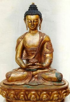 Brass Buddha Statue Manufacturer in Aligarh Uttar Pradesh India by Sandeep Handicraft Amitabha Buddha, Buddha Life, Guanyin, Altars, Southeast Asia, Handicraft, Statues, Favorite Things, Meditation