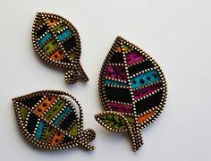 Retro inspired leaf brooch by woolly  fabulous, via Flickr