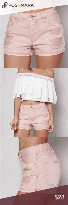 Pacsun NWT Mid Rise Shorts Light Pink Mauve NWT No trades, still available on their website PacSun Shorts Jean Shorts