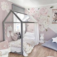 Girl Room Decor Ideas - How should I arrange my bedroom? Girl Room Decor Ideas - Where should I put my bed in the bedroom? Baby Bedroom, Baby Room Decor, Nursery Room, Girls Bedroom, Bedroom Decor, Little Girl Beds, Girl Bedroom Designs, Big Girl Rooms, House Beds