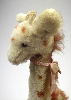 Old Giraffe - Vintage Mohair