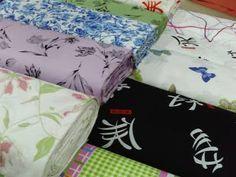 Percal: tecido leve de algodão puro ou misto, geralmente estampado, com ligamento tela, muito usado para lençóis. Originário da Pérsia (pargalati).