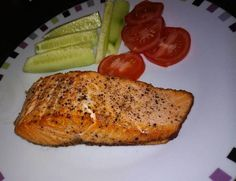 Vajban sült lazac Salmon Recipes, Fish Recipes, Cake Recipes, Ciabatta, Salmon Burgers, Seafood, Main Dishes, Paleo, Pork