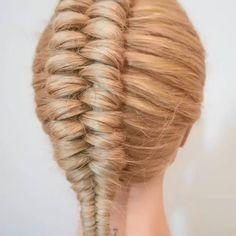 Amazing braid By: Braided Hairstyles Tutorials, Easy Hairstyles For Long Hair, Braids For Long Hair, Hair Tutorials, Hairstyles 2018, Short Hair Makeup, Blonde Hair Makeup, Medium Hair Styles, Long Hair Styles