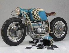 PHOTOS - BMW - Bobber, Cafe Racer et autres... - Page 7 Bmw Cafe Racer, Moto Cafe, Cafe Bike, Bmw R850r, Bike Bmw, Cool Motorcycles, Vintage Motorcycles, Bmw Scrambler, Motos Bmw