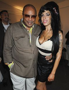 Amy Winehouse and Quincy Jones backstage at a celebration honoring Nelson Mandela in Hyde Park, London, June 2008 Amy Winehouse, Amazing Amy, Quincy Jones, Neo Soul, Retro Pop, Music Pictures, Rhythm And Blues, She Song, Thats The Way