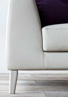 Кресло Vittoria Frigerio Piola Capittone Sofa Side Sofa