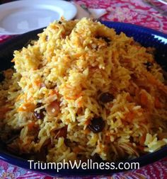 Persian Rice Pilaf with onion, carrot, raisins and almonds #veganmofo2014