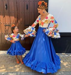 Witch Fashion, Fashion Beauty, Kids Dress Suits, Flamenco Costume, Spanish Dress, Celebrity Halloween Costumes, Mexican Dresses, Frill Dress, Diy Clothes